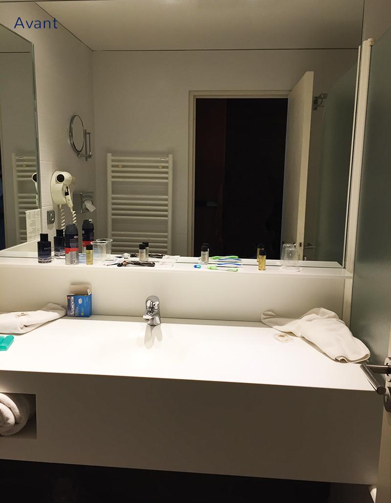 Avant-Salle-de-bains-Lescorallines-Renobvvation-et-decoration-hotel-relookdeco-decoration-dinterieur-a-montpellier-et-la-grande-motte
